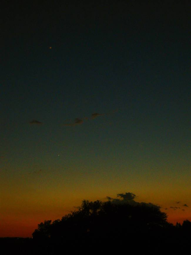 Venus & Saturn Photo by Quinten Rhea