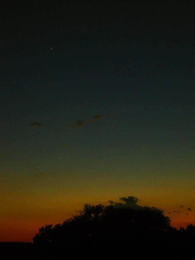 Venus & Saturn Photo by Quinten Rhea